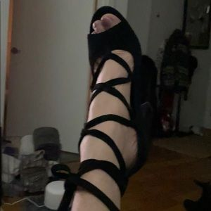 Vince Camuto lace stacked heal